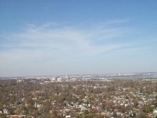 Вид сверху на Александрию и город Вашингтон