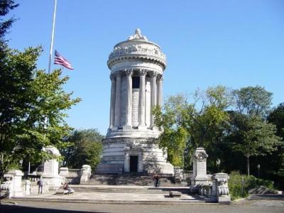 Памятник солдатам морякам в Гражданской войне