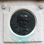 16. Монумент на Вестминстерском кладбище